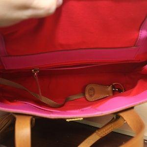 Dooney & Bourke Bags - Dooney Bourke Side Zip Tote Shoulder Bag